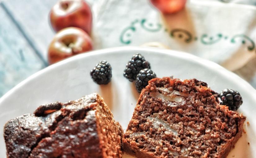 Torta di mele: healthy con avena e cacaoamaro